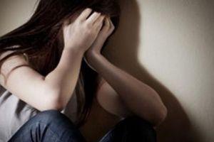 Bị người thân tố cáo, ra đầu thú việc nhiều lần hiếp dâm con gái ruột