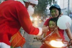 Yêu cầu thu hồi công văn cấm các trường tổ chức lễ Noel