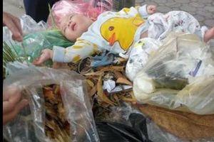 Nóng trên mạng xã hội: Cảm thương bé trai bị bỏ trong thùng rác
