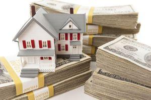 Doanh nghiệp bất động sản loay hoay tìm nguồn vốn ra sao khi giờ 'G' siết tín dụng đang đến gần?