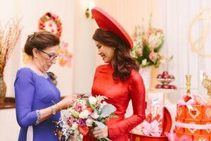 Đám cưới lung linh nhờ tài trang trí khéo léo của mẹ chồng Tây