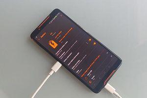Asus ROG Phone có tính năng độc nhất vô nhị: tự sạc cho chính nó?