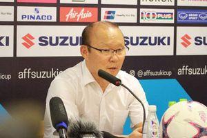 Thầy Park nhận xét cực bất ngờ về Công Phượng sau trận thắng Philippines