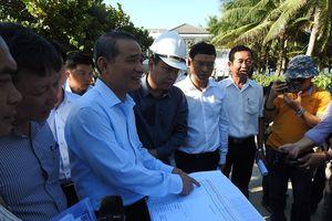 Bí thư Thành ủy TP Đà Nẵng kiểm tra việc mở lối xuống biển