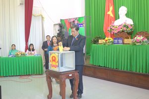 Chủ tịch UBND TP Cần Thơ không có phiếu tín nhiệm thấp