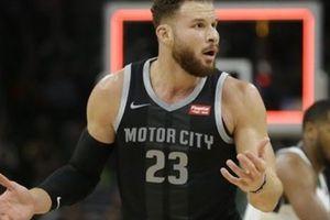 Blake Griffin gánh 'còng lưng', Detroit Pistons vẫn gục ngã trước Milwaukee Bucks