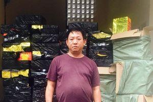 Nghệ An: Bắt gần nửa tấn pháo lẫn với hàng hóa trong container