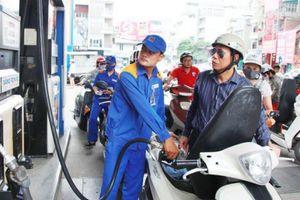 15g chiều nay (6/12): Giá xăng giảm mạnh