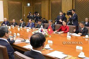Chủ tịch Quốc hội Nguyễn Thị Kim Ngân hội đàm với Chủ tịch Quốc hội Hàn Quốc Moon Hee sang