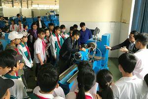 Hà Nội triển khai đề án giáo dục hướng nghiệp cho học sinh