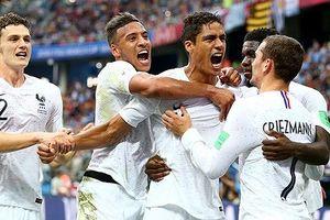 Pháp 2-0 Uruguay: Vũ khí bất ngờ và sự cô độc của Suarez
