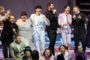 'Già gân làng nhạc' - Westlife, Take That tái xuất, hẹn 'so găng'