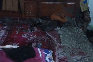 2 mẹ con tự thiêu trong căn nhà khóa cửa