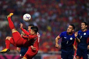 Bè bạn quốc tế thán phục chiến thắng của tuyển Việt Nam