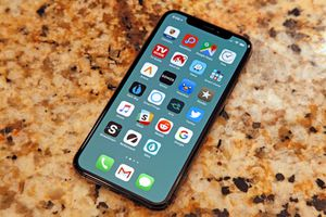 Apple phát hành iOS 12.1.1, sửa lỗi Face ID, tối ưu FaceTime