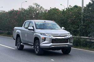 Bán tải Mitsubishi Triton 2019 hơn 700 triệu tại VN?