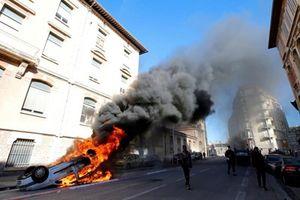 Pháp điều động 89.000 cảnh sát đối phó biểu tình