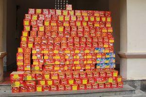 Bắt nửa tấn pháo lậu giấu kín trên xe container tại Nghệ An