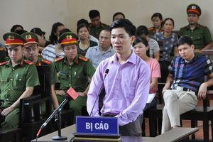 Bác sĩ Hoàng Công Lương bị truy tố tội 'Vô ý làm chết người'