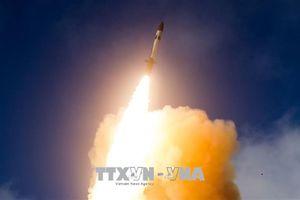 Hàn Quốc quyết định mua thêm hàng chục tên lửa hạm đối không SM-2