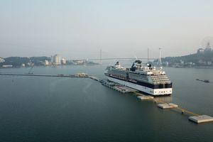 Cảng tàu khách du lịch quốc tế Hạ Long có gì đặc biệt?