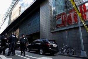 Cảnh sát tìm 5 trái bom giấu trong trụ sở CNN ở New York?