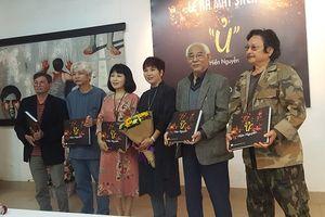 Họa sĩ Hiền Nguyễn với 'Ủ'- vùng vẫy với hội họa