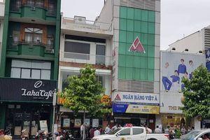 Phong tỏa hiện trường vụ cướp ngân hàng tại TP.HCM