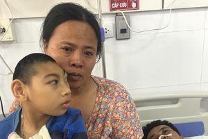 Nỗi đau tột cùng của người phụ nữ 40 tuổi, chồng thủng tạng cấp cứu, con bị teo não bẩm sinh