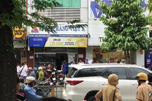 Hiện trường cướp ngân hàng táo tợn ở quận Bình Thạnh, TP.HCM