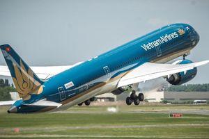 Vietnam Airlines tăng cường nhiều chuyến bay đưa cổ động viên đi cổ vũ đội tuyển Việt Nam đá trận chung kết