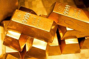 Giá vàng hôm nay 8/12: Tăng nhẹ do đồng USD giảm mạnh