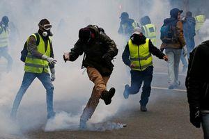 Sứ quán VN cảnh báo người Việt tránh khu vực biểu tình ở Pháp