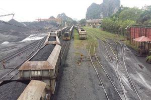 Chùm ảnh: 16 đầu máy xe lửa, 282 toa tàu dự kiến bị 'khai tử'