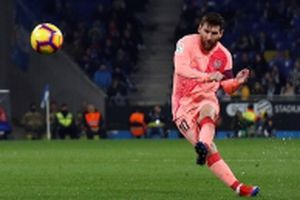 Messi tỏa sáng, Barca thắng đậm derby xứ Catalan