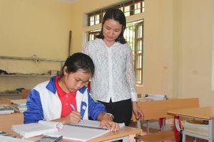 Ước mơ của nữ sinh bản Mông
