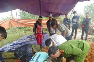 Khởi tố vụ án con giết cha ở Hà Giang sau khi có kết quả khai quật tử thi