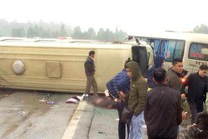 2 xe khách đâm nhau trên cao tốc Nội Bài - Lào Cai, nhiều người bị thương