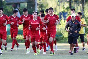 AFF Suzuki Cup 2018: Hơn 6.000 CĐV Malaysia xếp hàng qua đêm chờ mua vé