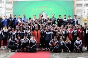 2 học sinh trường THPT Liên Hà giành chiến thắng tại Hội thi Rung chuông vàng