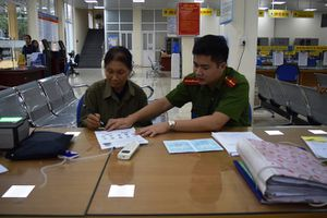Tiên phong đưa thủ tục cấp và quản lý thẻ căn cước công dân vào Trung tâm hành chính công