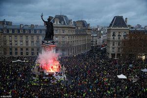 Cùng với Pháp, biểu tình 'Áo vàng' nổ ra ở Bỉ và Hà Lan