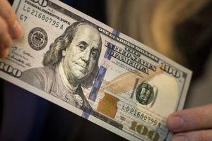 Công an đề xuất không xử phạt người đi mua 100 USD trái phép