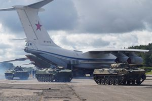 Nga tăng cường quân sự ở Crimea giữa lúc căng thẳng với Ukraine