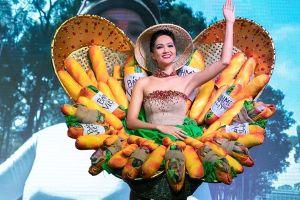 'Bánh mì' của H'Hen Niê được chọn vào top trang phục dân tộc hấp dẫn
