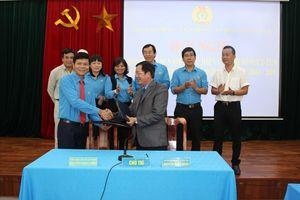 LĐLĐ Gia Lai ký kết chương trình phối hợp với Báo Lao Động