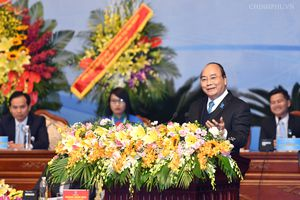 Thủ tướng: Không để sinh viên phai nhạt lý tưởng cách mạng, sống thực dụng