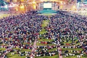 Nghệ An: Lắp màn hình 'khủng' tại Quảng trường Hồ Chí Minh xem trận chung kết