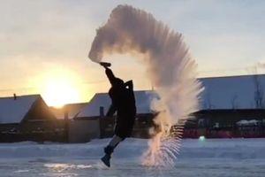 Trung Quốc lạnh -43,5 độ, nước sôi ngay lập tức đóng băng