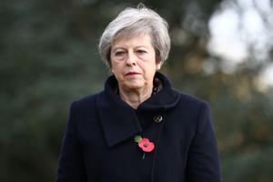 Anh trì hoãn bỏ phiếu Brexit tại Hạ viện